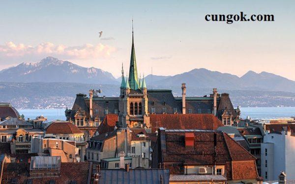 ngon-ngu-chinh-cua-Switzerland-la-gi